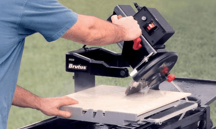 how to use a wet saw