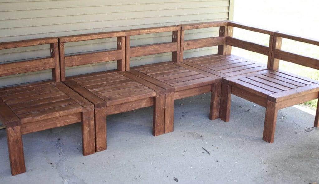 DIY 2×4 Outdoor Sectional Sofa