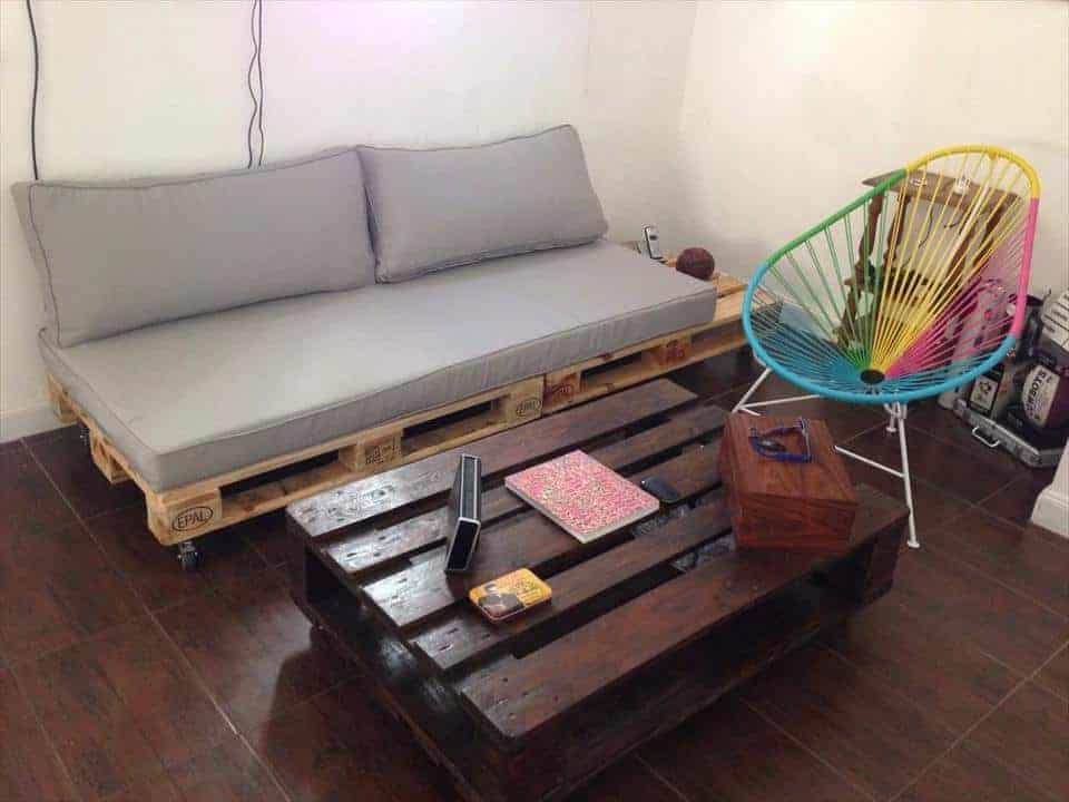 DIY Pallet DayBed/Sofa Plan