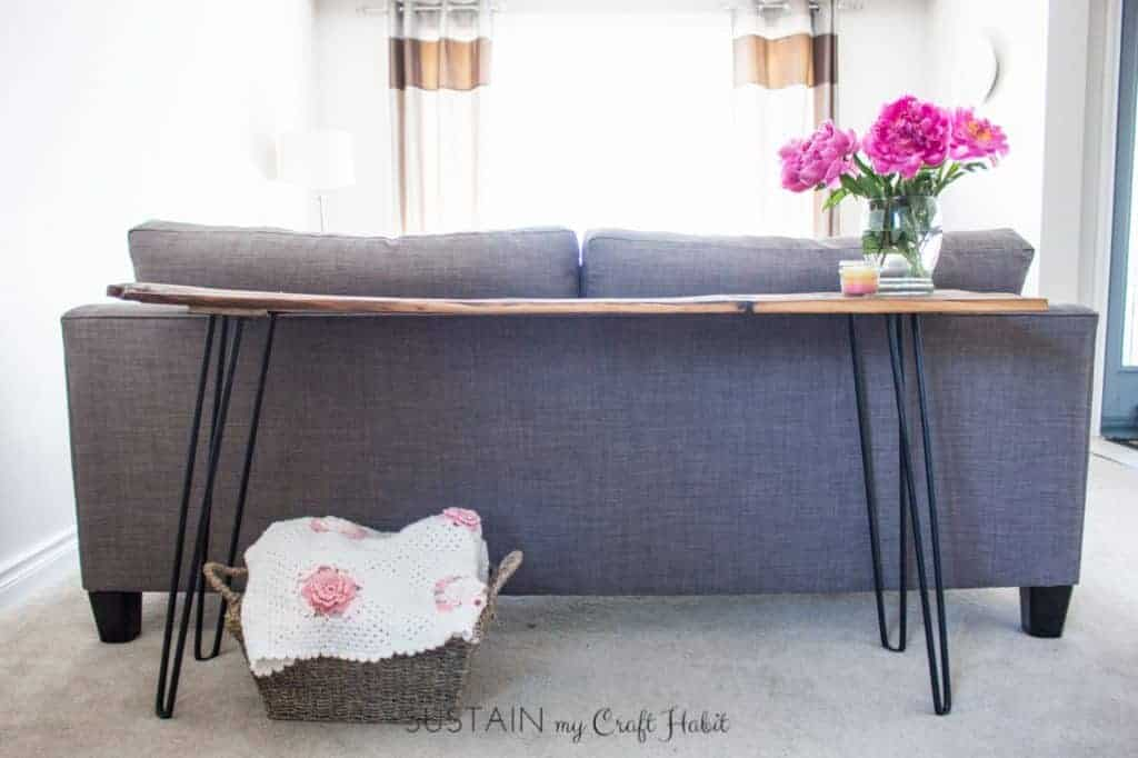 DIY Reclaimed Barn Wood Sofa Table