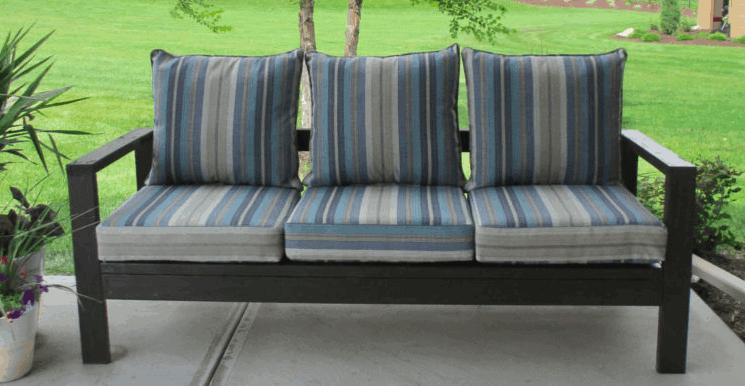 DIY Virginia Outdoor Couch
