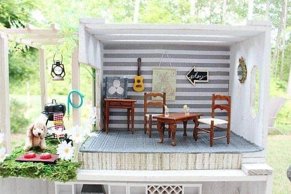 DIY Miniature Crates Dollhouse