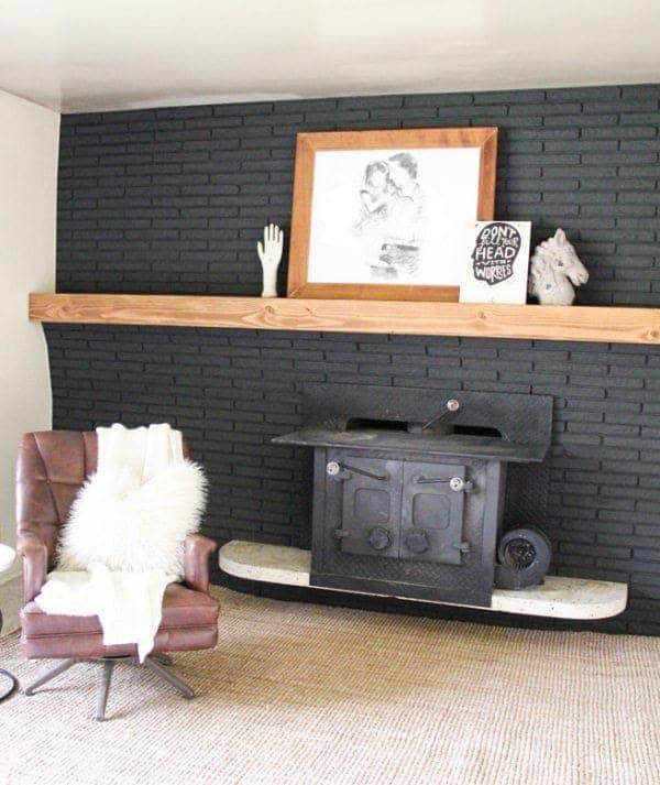 DIY Full-length Mantel for Fireplace