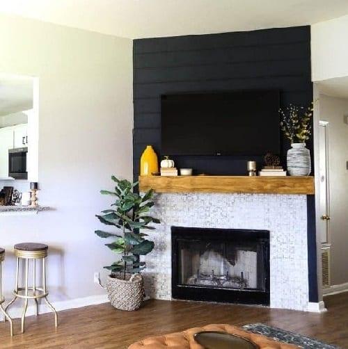DIY Streamlined Fireplace Mantel