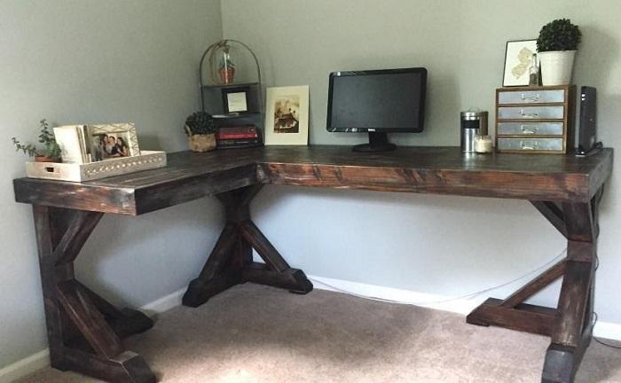 Antique Style DIY Corner Desk Plans