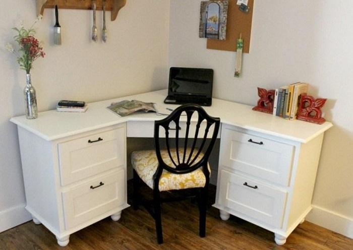 Singular DIY Corner Desk Plans