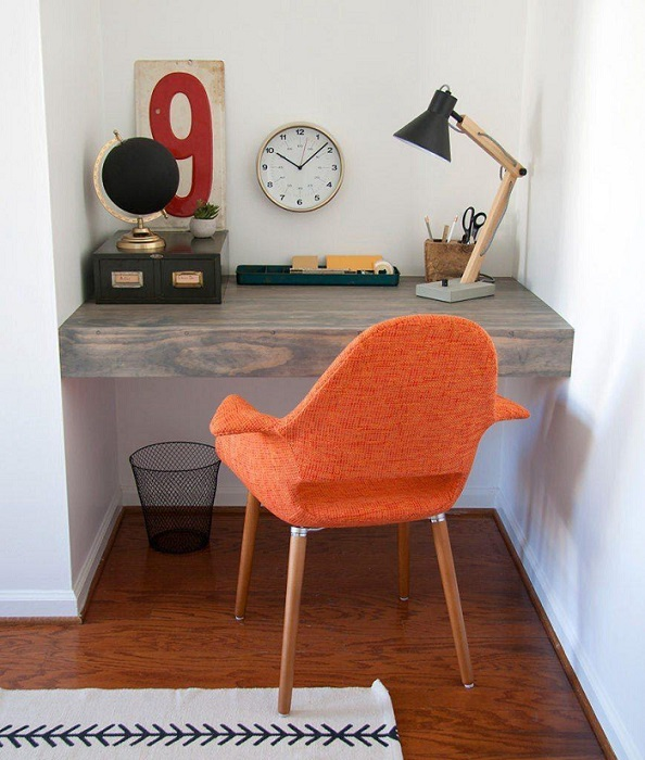 Small DIY Corner Desk Plans
