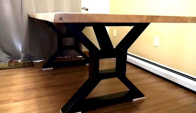 DIY Metal Table Leg Design
