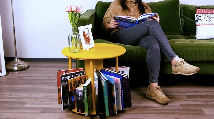 DIY Spinning Table Bookshelf