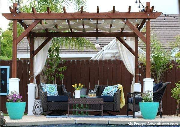 DIY Frugal Pergola