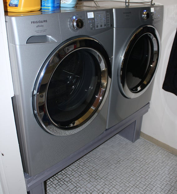12-Step DIY Laundry Pedestal Plans