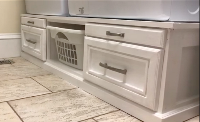 DIY Laundry Pedestal Plans With Top and Bottom Drawers