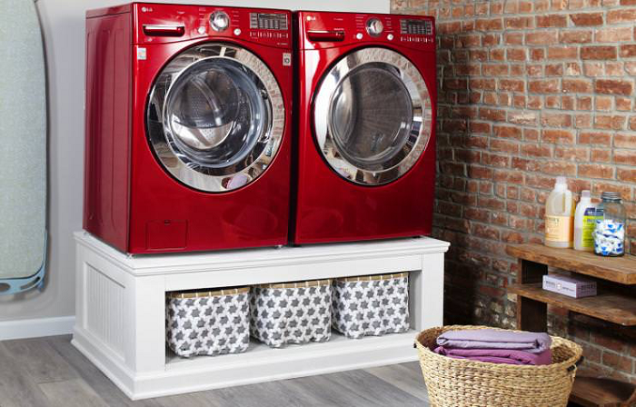 Easy DIY Laundry Pedestal Plans With Storage