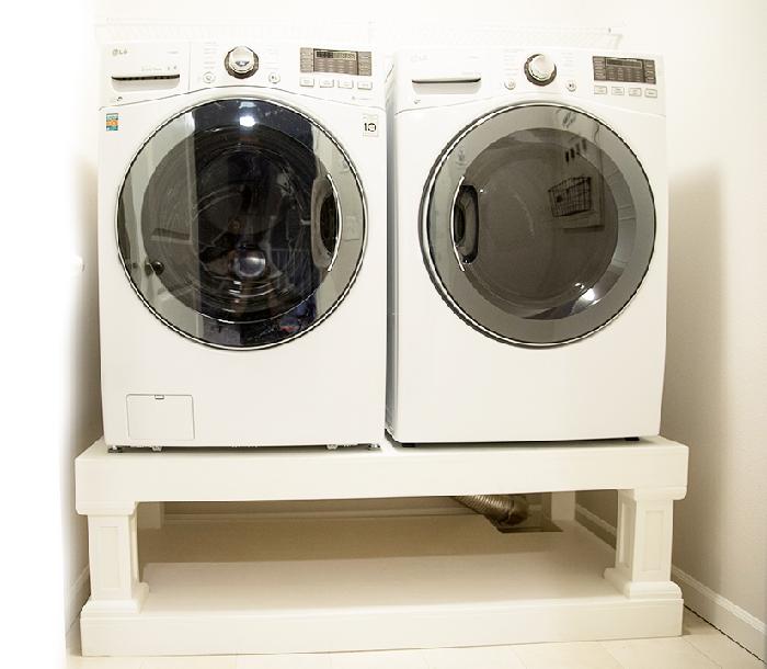 Simple DIY Laundry Pedestal Plans