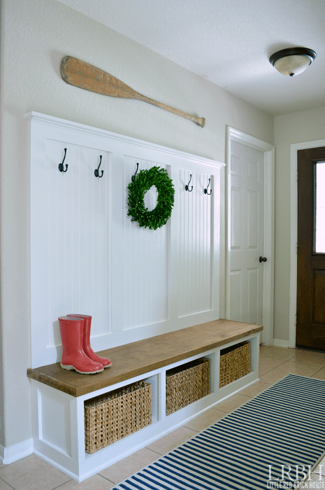 Chic Mudroom Entrance Bench