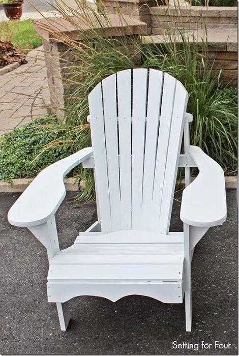 Comfy DIY Adirondack Chair Design