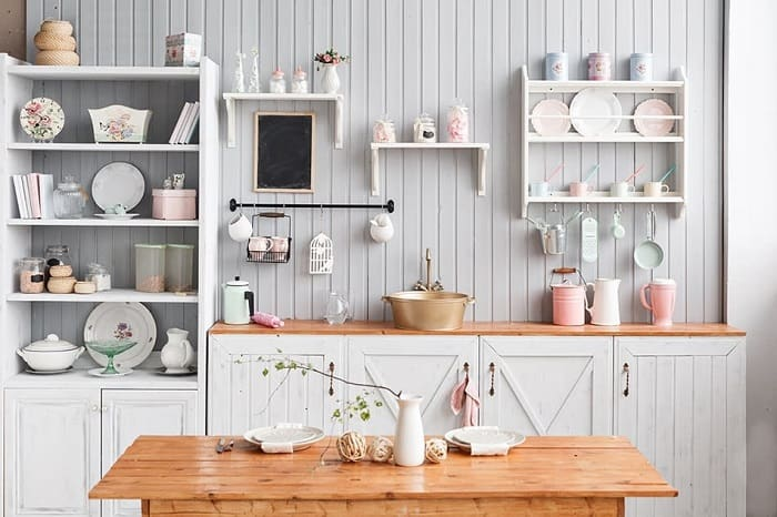 The minimalist kitchen cabinets
